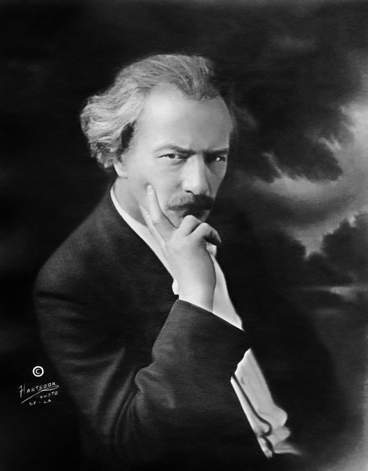Zhytomyr's installation of monument to Paderewski getting mixed reactions