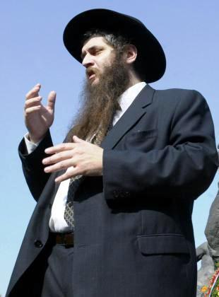 Chief Rabbi Moshe Asman asks all Jews in Ukraine to pray for the country