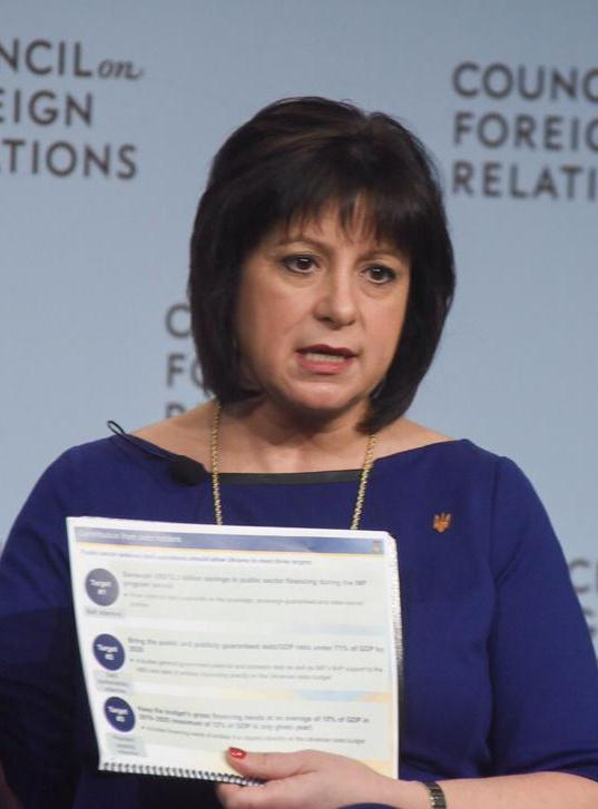 Jaresko prepares Ukraine public for debt moratorium