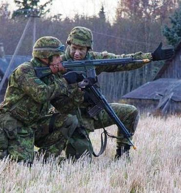 Driven by fear of Russia, Estonians flock to National Guard