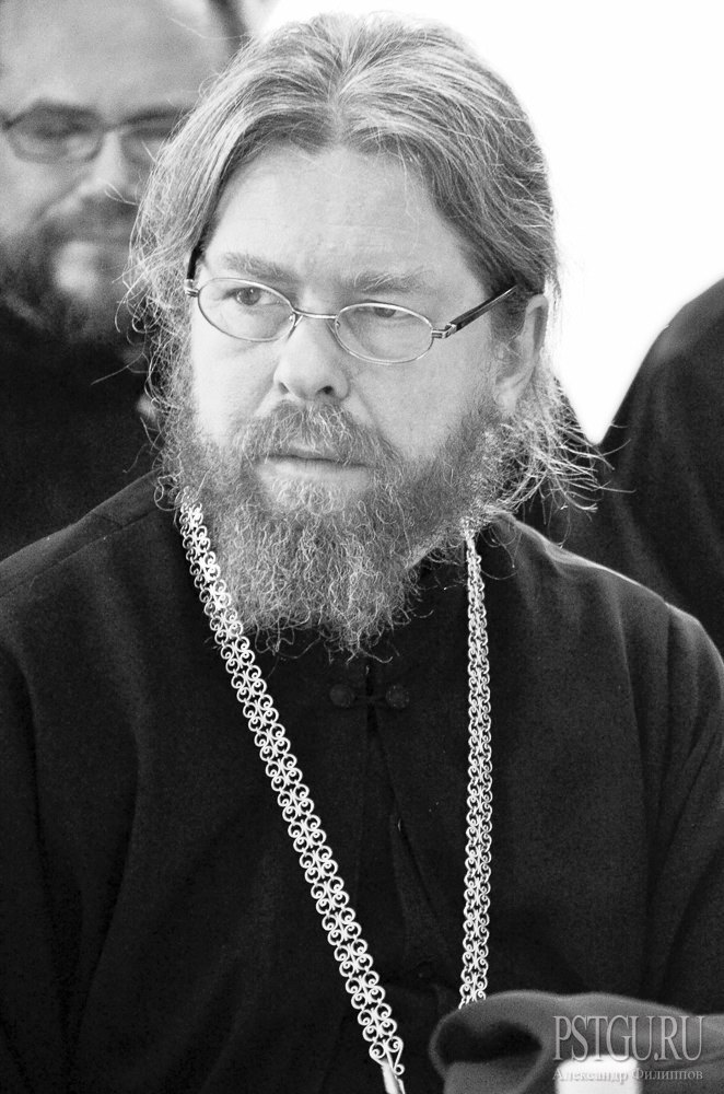 Putin's Spiritual Advisor Now Set to Challenge Patriarch Kirill's Policies if Not Position
