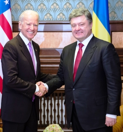 "In Kyiv Biden tells Putin: ""Do what you agreed to do"""