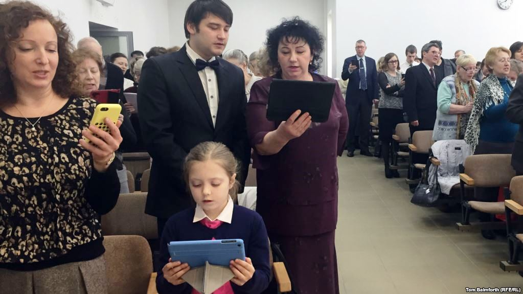 Russia intensifies persecution of Jehovah's Witnesses