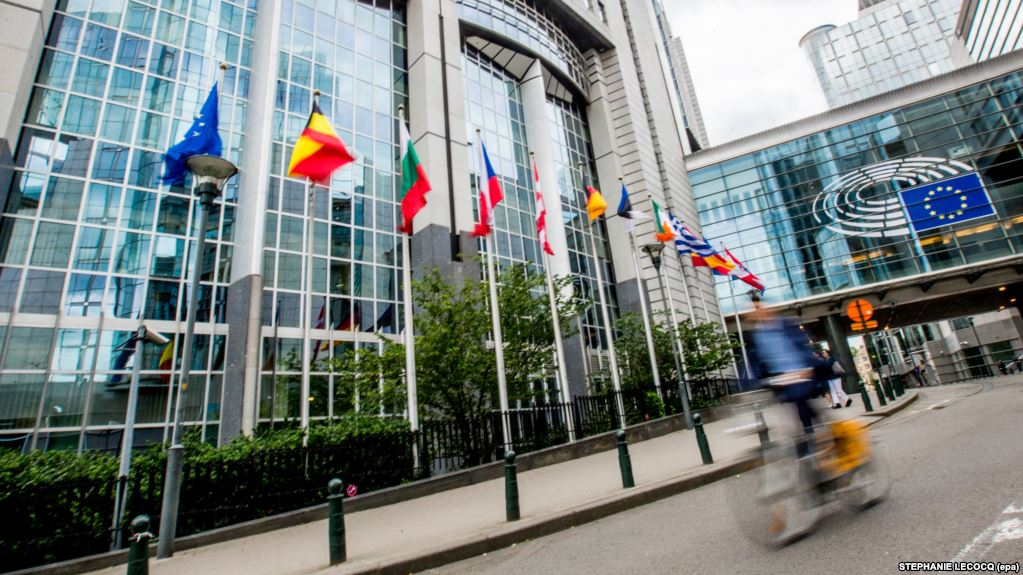 EU Parliament Hails Georgia, Ukraine, Moldova Reforms; Eyes Russia Pressure