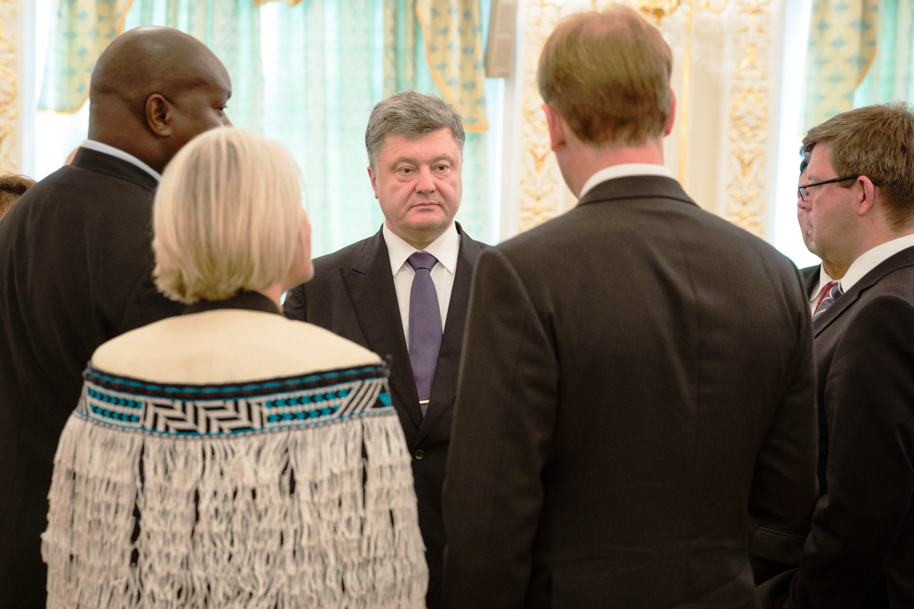 President urges newly arrived foreign ambassadors to promote Ukraine's potential