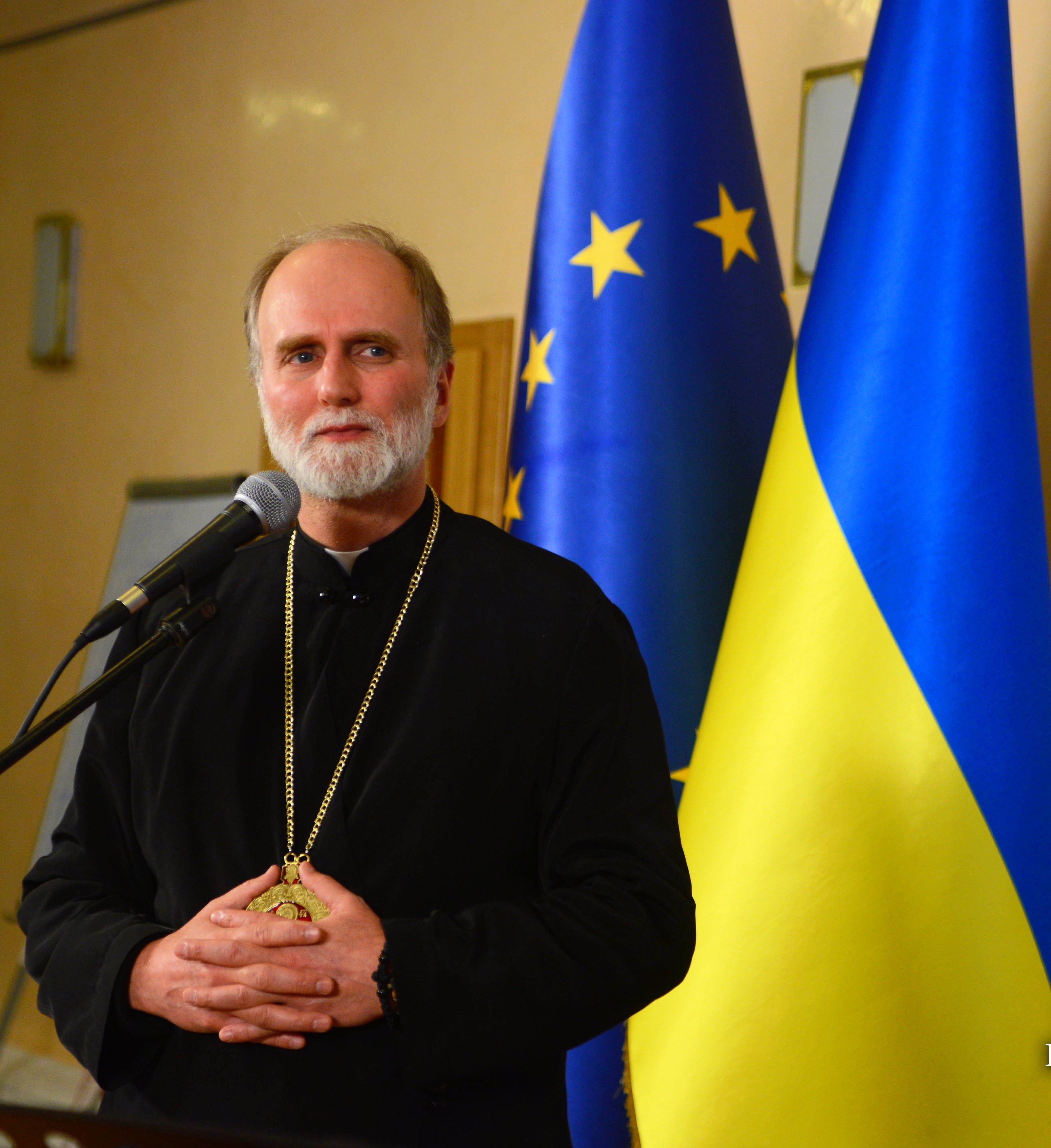 A Ukrainian pastor who stood up for the 'martyrs and the m