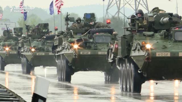 U.S. Convoy Begins Key East European Maneuvers