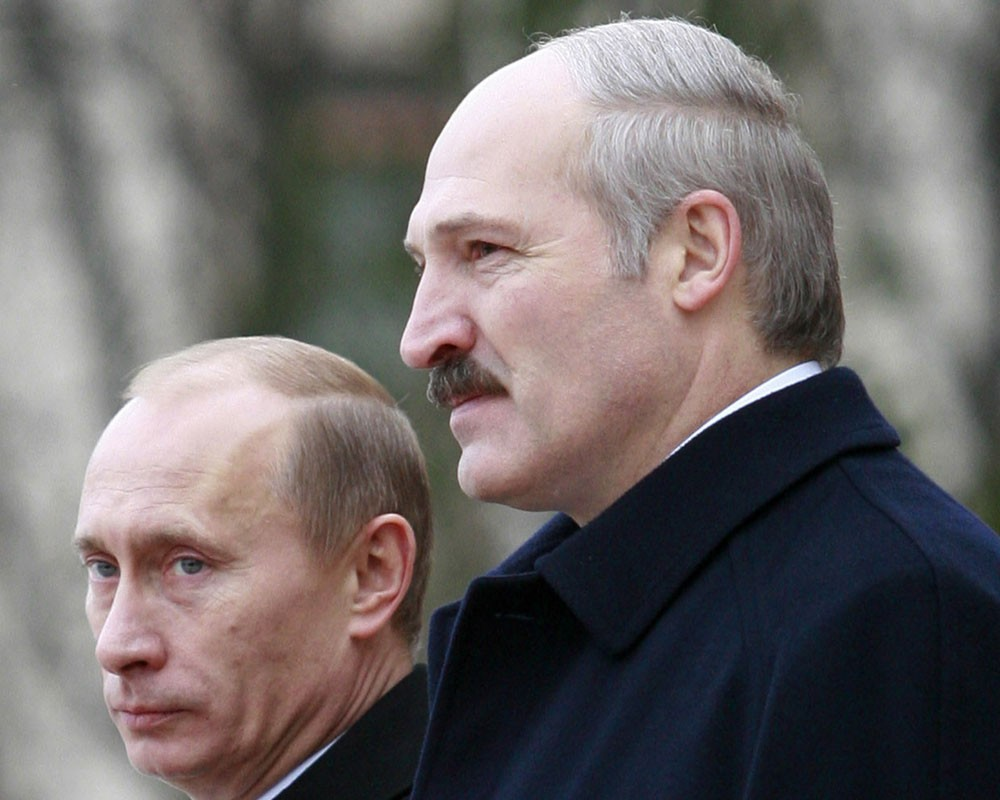 Lukashenko Says Belarus Doesn't Need a Russian Airbase Now
