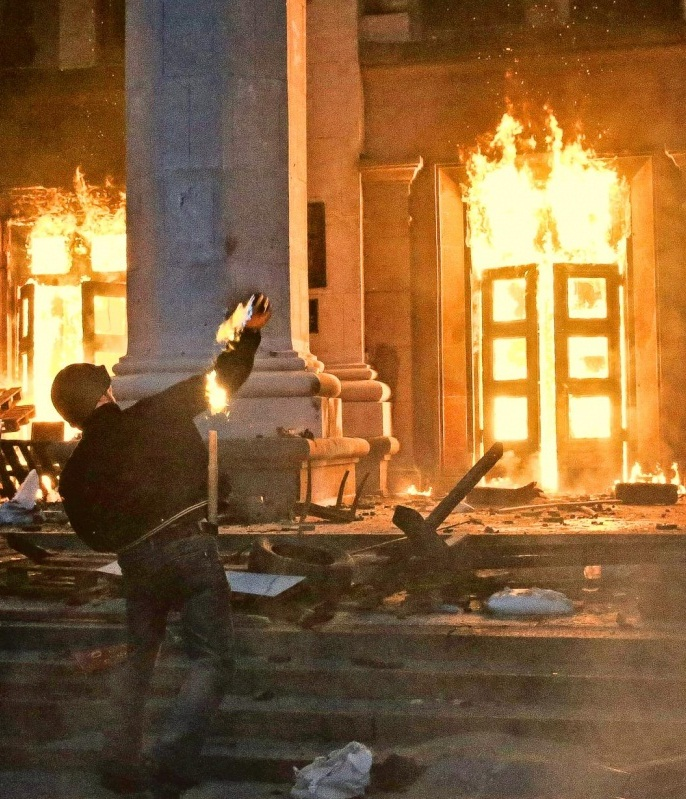 "Odesa: ""Heroism and cruelty on both sides"" - the truth behind the deadly fire"