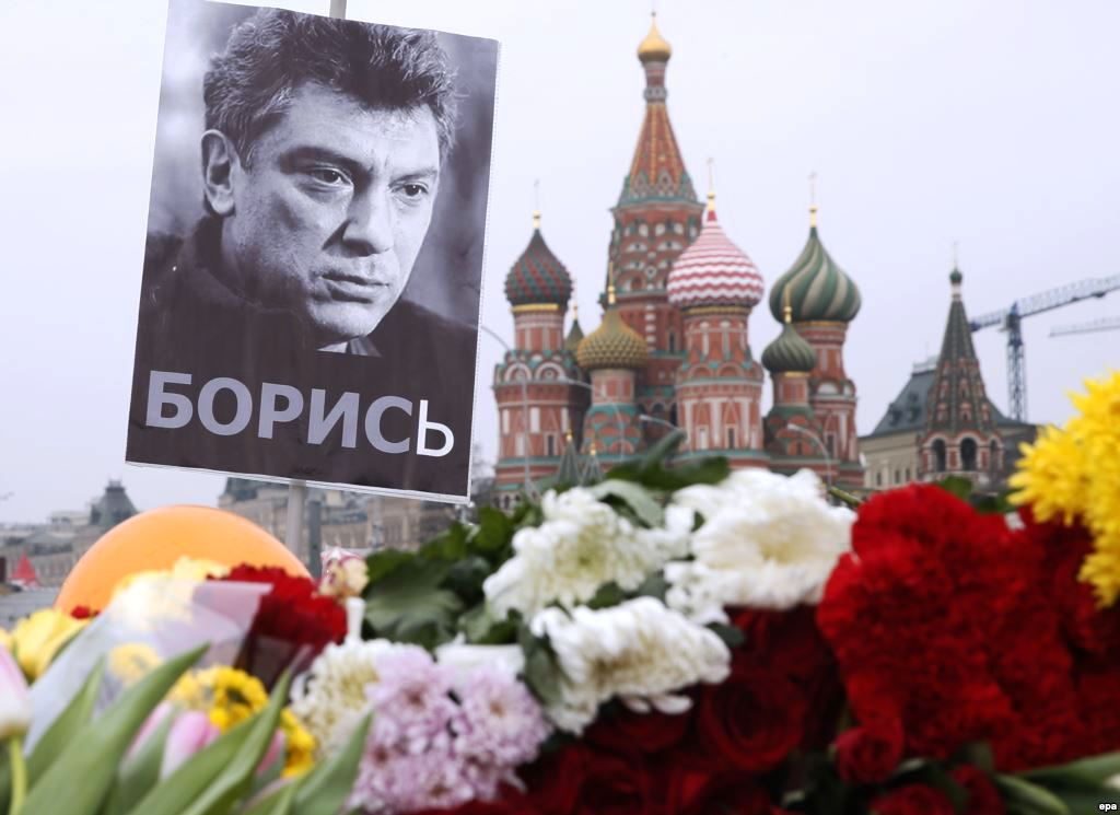 Main witness in Nemtsov slaying case says she didn't see killer