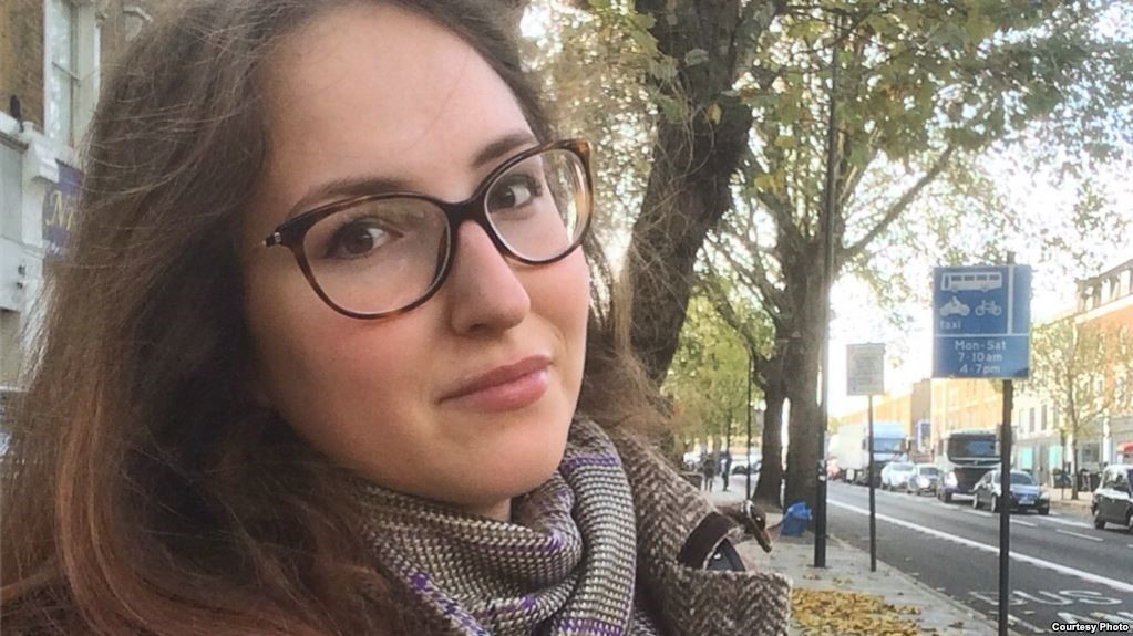 Russian Students in U.K. Unmoved by Kremlin's Call to Come Home