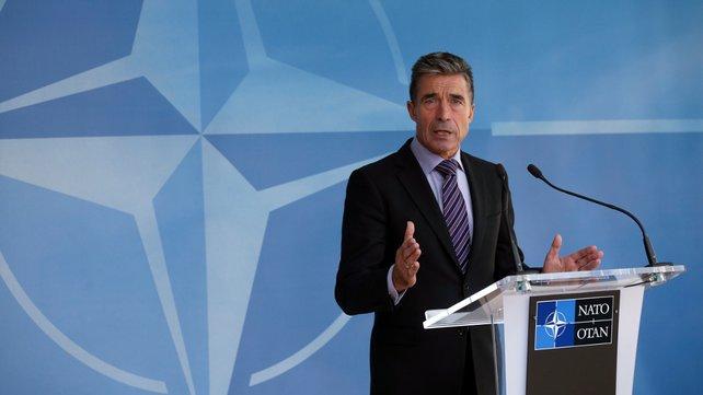 NATO expects law change on Ukraine's non-aligned status