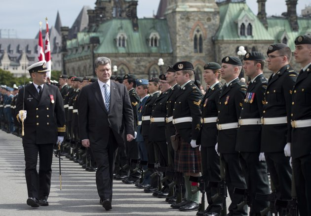 Ukraine's president basks in Canadian adulation during joint Parliament