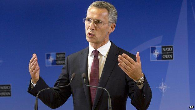 New Nato chief Stoltenberg urges Russian rethink on Ukraine