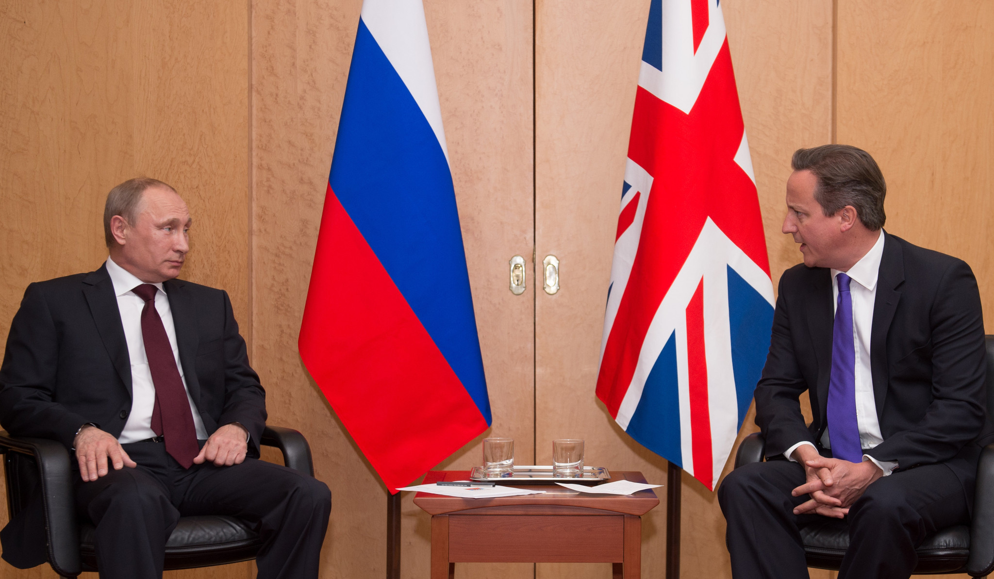 Ukraine crisis puts Britain's Cameron on spot over Russian donations